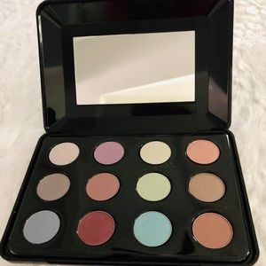 "Nib, BeautiControl ""Eye Deserve It All"" Shadows"
